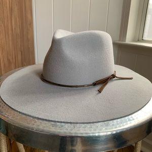 Brixton wide brim grey hat